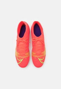 Nike Performance - MERCURIAL 8 CLUB IC - Indoor football boots - bright crimson/metallic silver - 3