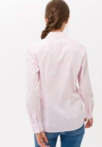 BRAX - STYLE VICTORIA - Button-down blouse - rose - 2