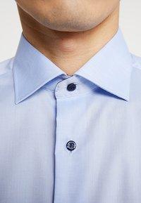 Eterna - SLIM FIT - Formální košile - light blue - 6