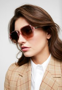Ray-Ban - Occhiali da sole - pink/brown - 1