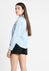 Levi's® - ULTIMATE WESTERN - Button-down blouse - radio starr - 3
