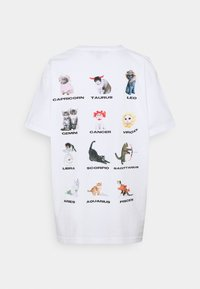 NEW girl ORDER - CAT STAR SIGN TEE - Print T-shirt - white - 1