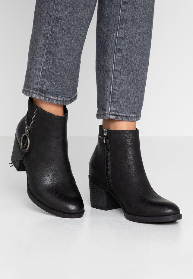 AMBER - Ankelstøvler - tango black