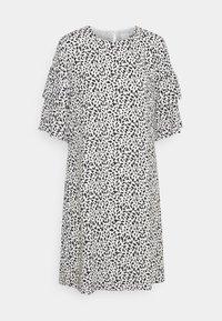 Selected Femme - SLFCARLA DRESS - Vapaa-ajan mekko - snow white - 5