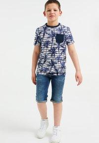 WE Fashion - MET STREEP- EN PALMBOOMDESSIN - Print T-shirt - blue - 0