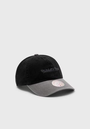 BRANDED CHAIN STITCH STRAPBACK UNISEX - Cap - black/grey