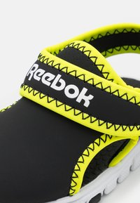 Reebok - WAVE GLIDER III UNISEX - Walking sandals - black/yellow flare/white - 5