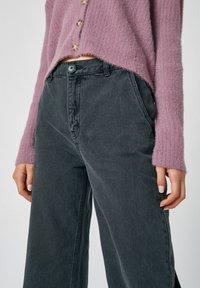 PULL&BEAR - Flared Jeans - dark grey - 3