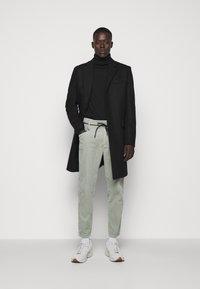 CLOSED - X-LENT  - Trousers - celadon green - 1