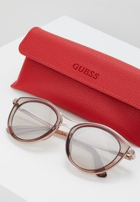 Guess - Sunglasses - brown - 2