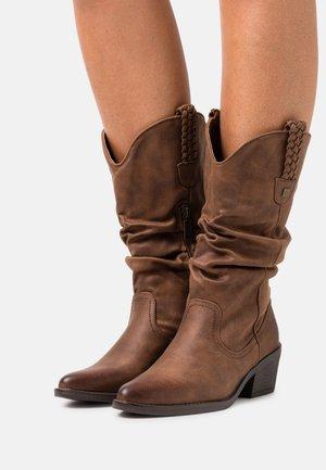 TANUBIS - Cowboy/Biker boots - karma