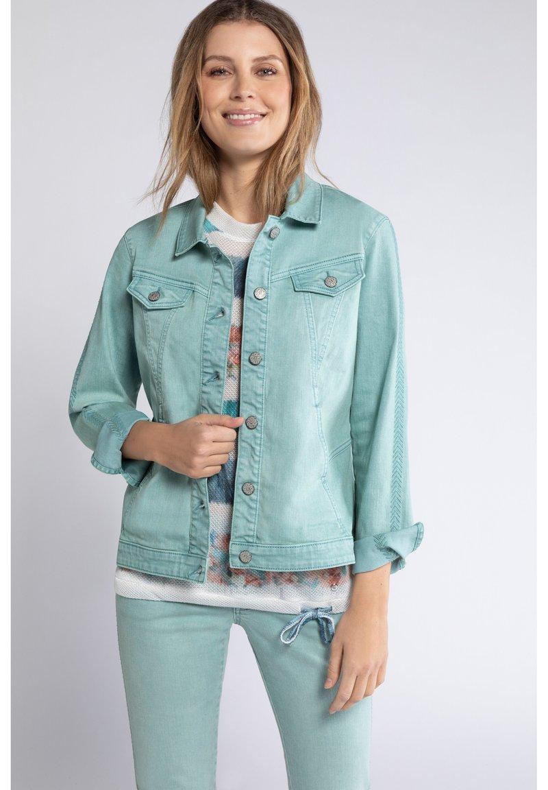 GINA LAURA - GINA LAURA DAMEN, ÄRMEL-STICKEREI, TRENDFARBE 728613 - Denim jacket - helles smaragd