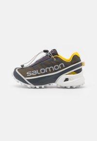Salomon - STREETCROSS UNISEX - Baskets basses - ebony/sulphur/lunar rock - 0