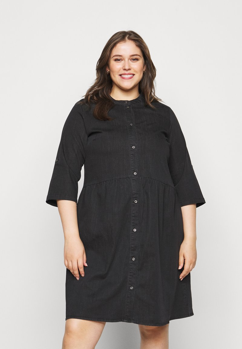 ONLY Carmakoma - CARCHICAGO LIFE  - Denim dress - black