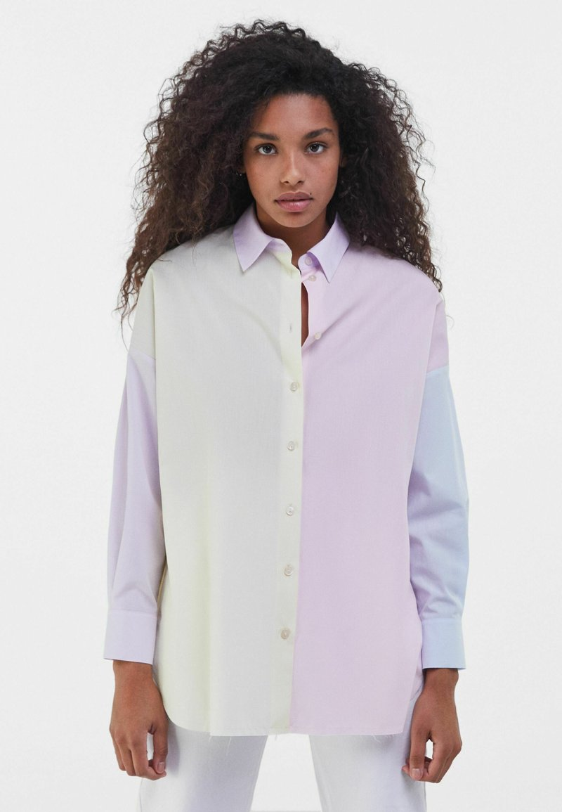 Bershka - MIT COLOUR-BLOCK  - Button-down blouse - mauve