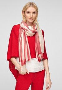 s.Oliver - Scarf - red stripes - 1