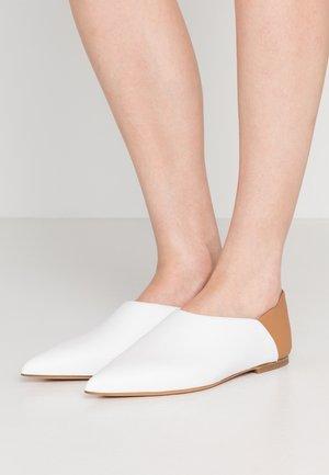 MOROCCAN - Slip-ons - white