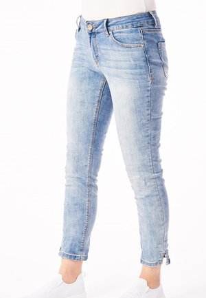 ITALY - Slim fit jeans - blue