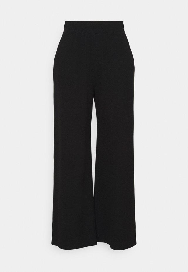 PLUS WIDE LEG WAFFLE TROUSER - Pantalon classique - black