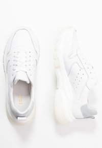 KIOMI - Trainers - white - 3