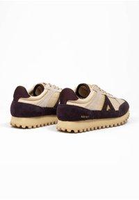 ASFVLT - CHASE - SNEAKER LOW - Sneakers basse - tan/burg.g - 3