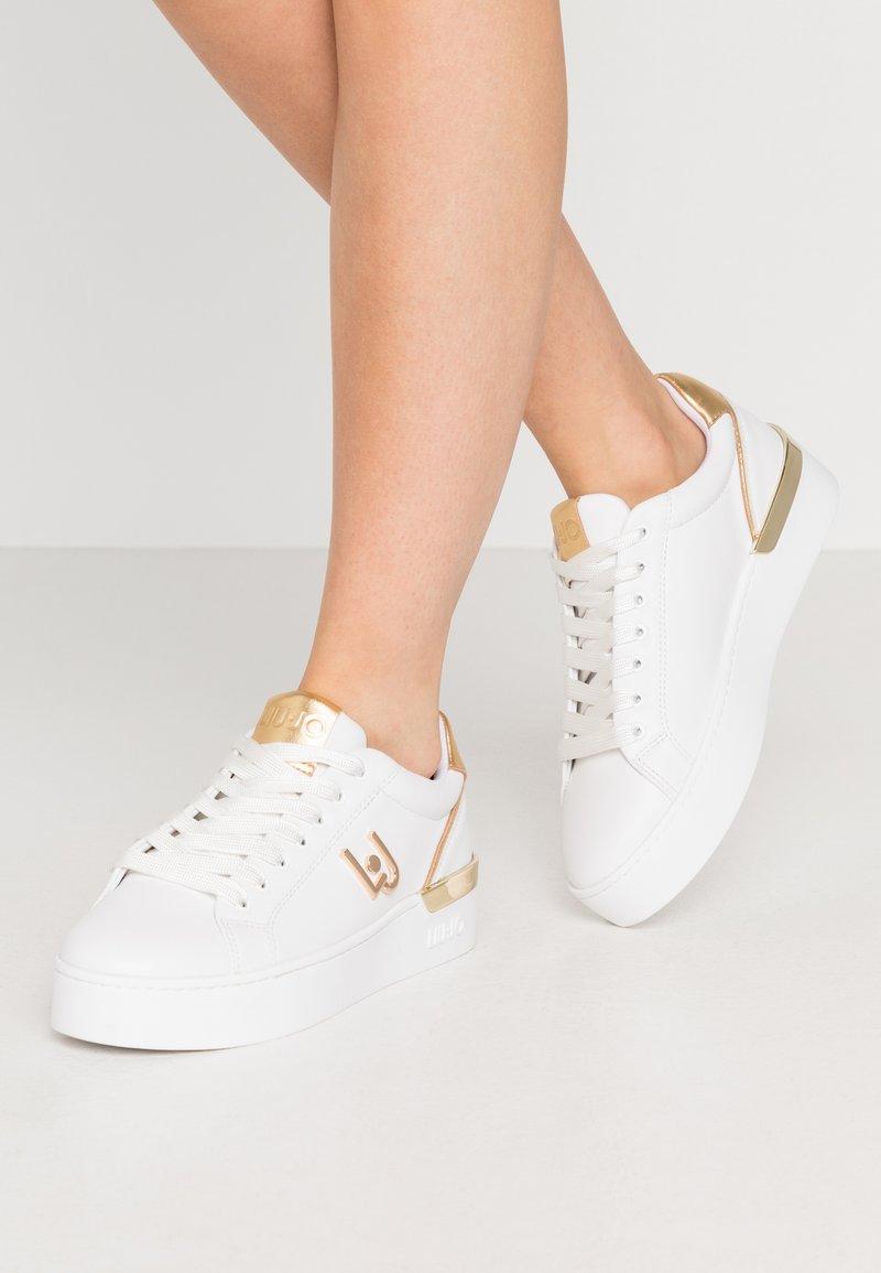 Liu Jo Jeans - SILVIA  - Sneakers laag - white