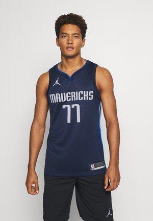 NBA DALLAS MAVERICKS LUKA DONCIC SWINGMAN  - Club wear - college navy/game royal/white