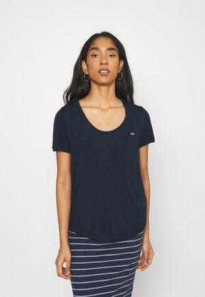 REGULAR SCOOP NECK TEE - Camiseta básica - twilight navy