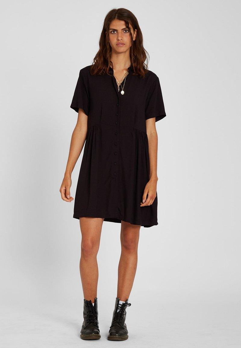 Volcom - THATS MY TYPE SS DRESS - Shirt dress - black