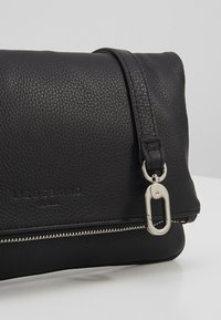 Liebeskind Berlin - VSALOE - Clutch - black - 6