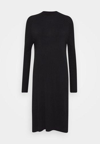 QUIL - Jumper dress - black