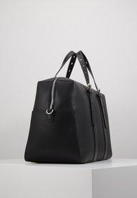 Guess - DAN - Weekend bag - black - 4