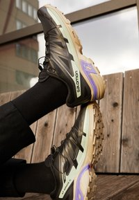 Salomon - XT WINGS 2 UNISEX - Sneakers basse - black/vintage kaki/gray - 2