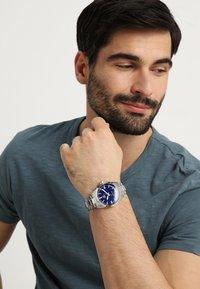 EDIFICE - Watch - silver-coloured/blue - 0