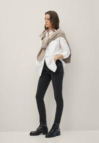 Massimo Dutti - Jeans Skinny Fit - black - 0