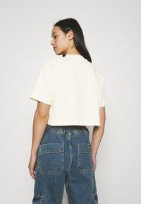 Nike Sportswear - Camiseta básica - coconut milk - 2