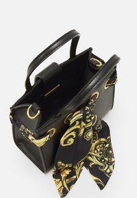 Versace Jeans Couture - PRINTED FOULARD HANDBAG - Handbag - nero - 2