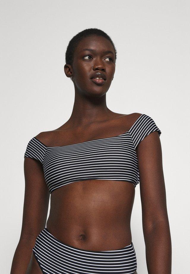 COLD SHOULDER BANDEAU - Bikini pezzo sopra - black/white