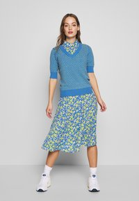 Nümph - NUAIDEEN DRESS - Skjortekjole - coast - 1
