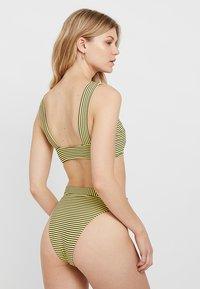 Seafolly - TANK - Bikini top - lime light - 2