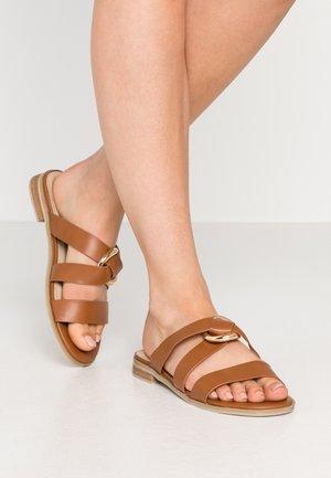 CAIRO - Pantofle - tan