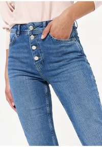 LolaLiza - Slim fit jeans - blue - 3