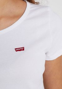 Levi's® - TEE 2 PACK - T-shirts - white - 5
