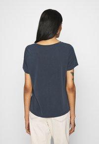 Monki - JOLIN  - Basic T-shirt - blue dark running - 2