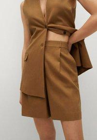 Mango - LEONARD - Shorts - light brown - 3