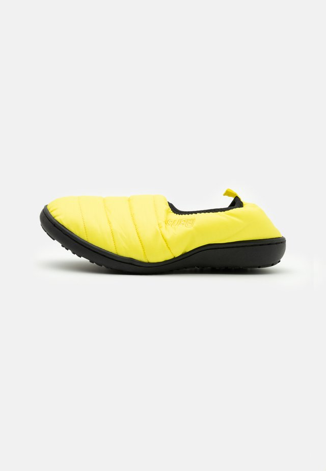 SUBU Packable - Slippers - lemon yellow