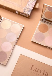 Luvia Cosmetics - PRIME GLOW PALETTE-ESSENTIAL HIGHLIGHTER SHADES VOL.1 - Palette viso - - - 4