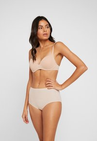 Fantasie - SMOOTHEASE INVISIBLE STRETCH FULL BRIEF - Shapewear - natural beige - 1