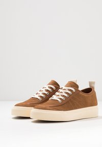 Goliath - NUMBER ONE - Trainers - tan - 2