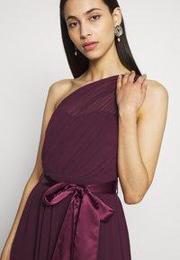 Dorothy Perkins Tall - SADIE SHOULDER MAXI DRESS - Iltapuku - mulberry - 5